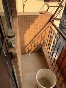 Gallery Cover Image of 400 Sq.ft 1 RK Apartment for rent in Vikaspuri for 7000