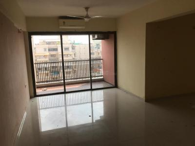 Gallery Cover Image of 2200 Sq.ft 3 BHK Apartment for rent in Bodakdev for 43000