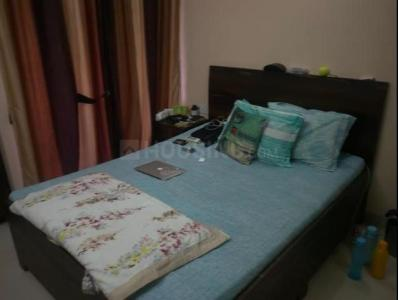 Gallery Cover Image of 600 Sq.ft 2 BHK Apartment for rent in Malad West for 25000