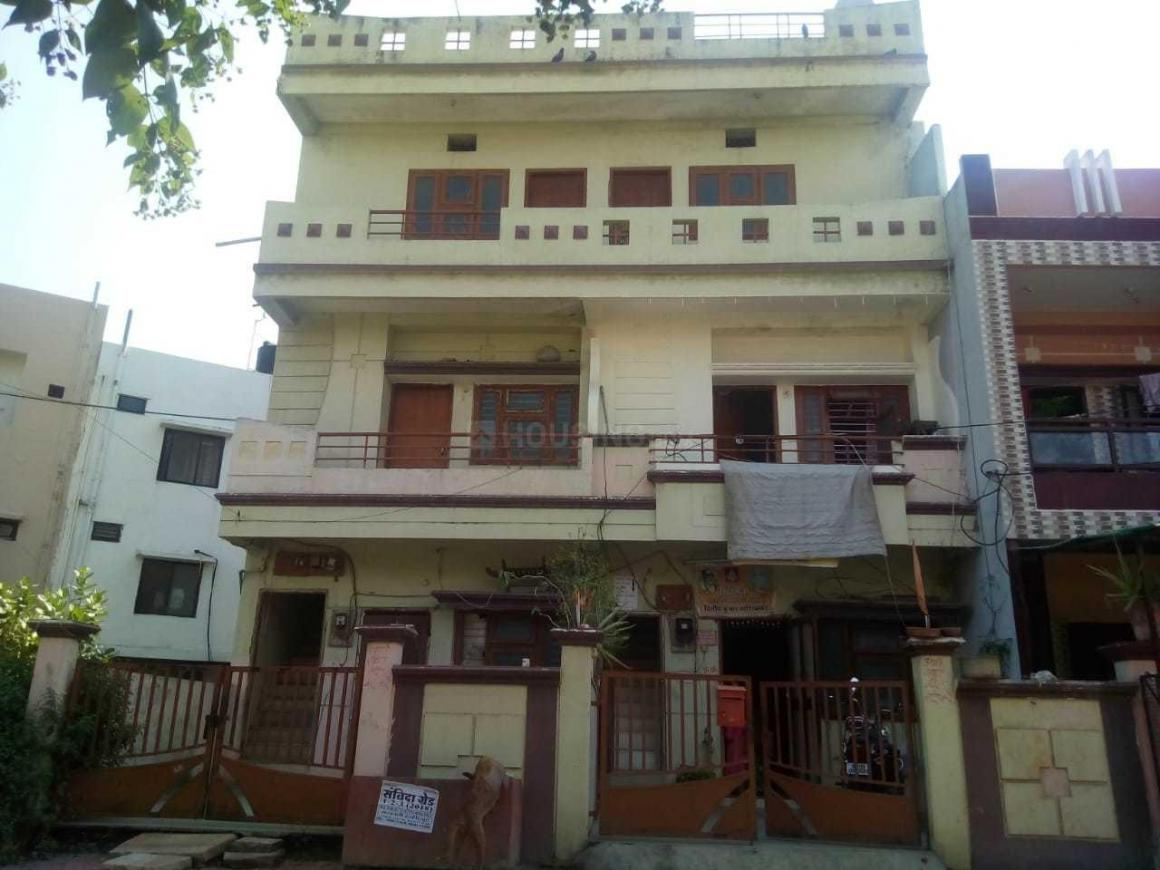 Building Image of 3600 Sq.ft 9 BHK Independent House for buy in Rajendra Nagar for 9900000