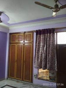 Gallery Cover Image of 1800 Sq.ft 2 BHK Independent Floor for rent in Sector 50 for 25000