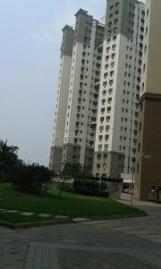Gallery Cover Image of 1640 Sq.ft 3 BHK Apartment for rent in Diamond City South, Paschim Putiary for 28000