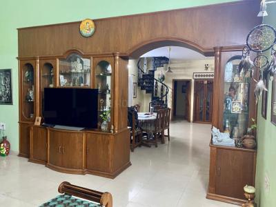 Gallery Cover Image of 2400 Sq.ft 4 BHK Independent Floor for rent in Jayanagar for 65000