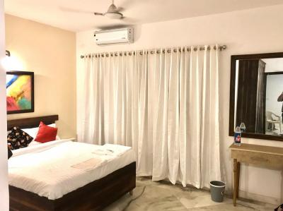 Gallery Cover Image of 1050 Sq.ft 1 BHK Independent House for rent in Omega II Greater Noida for 12500