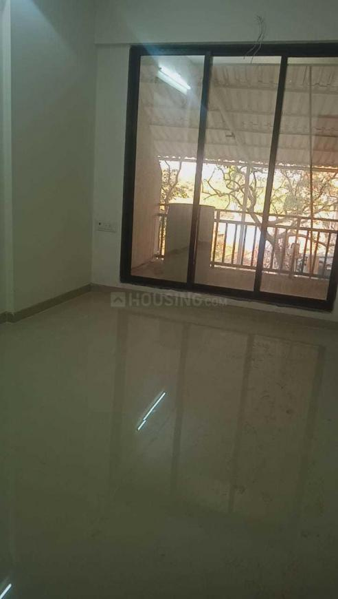 Living Room Image of 690 Sq.ft 1 BHK Apartment for buy in Kalyan West for 3610000