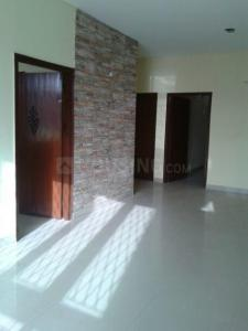 Gallery Cover Image of 2700 Sq.ft 3 BHK Independent Floor for rent in Sector 49 for 28000