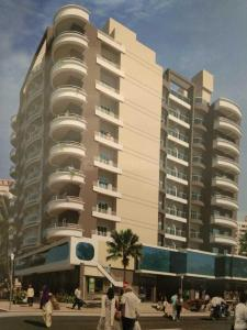 Gallery Cover Image of 6500 Sq.ft 5+ BHK Apartment for buy in Bhayandar East for 84500000