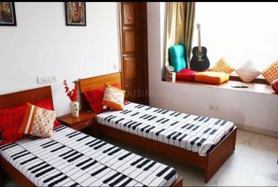 Bedroom Image of Girls PG in Sector 19