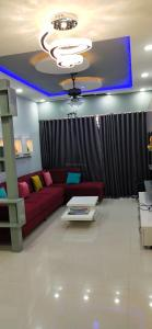 Gallery Cover Image of 1935 Sq.ft 3 BHK Apartment for buy in Maninagar for 12500000