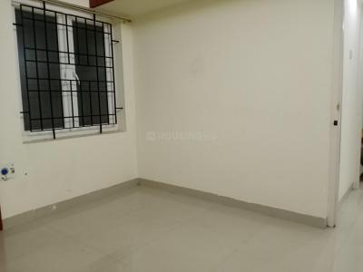 Gallery Cover Image of 1400 Sq.ft 3 BHK Apartment for rent in Velachery for 26000