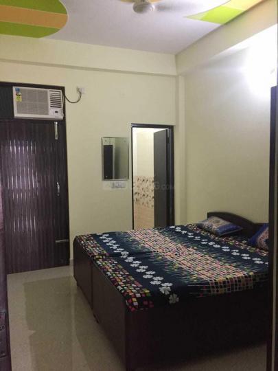 श्री श्याम पीजी इन सेक्टर 33 के बेडरूम की तस्वीर