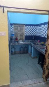 Gallery Cover Image of 950 Sq.ft 2 BHK Independent Floor for rent in Purba Barisha for 8000