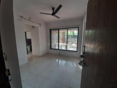 Gallery Cover Image of 520 Sq.ft 1 BHK Apartment for rent in Goregaon East for 25000