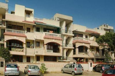 Gallery Cover Image of 1200 Sq.ft 2 BHK Independent Floor for rent in Sector 54 for 25000