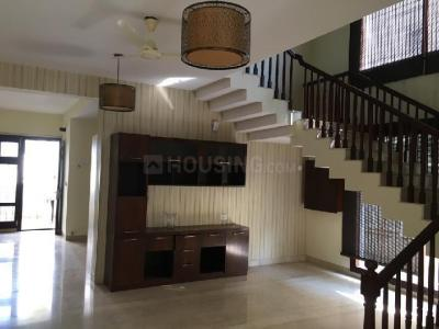 Gallery Cover Image of 4400 Sq.ft 4 BHK Villa for rent in Bommasandra for 80000