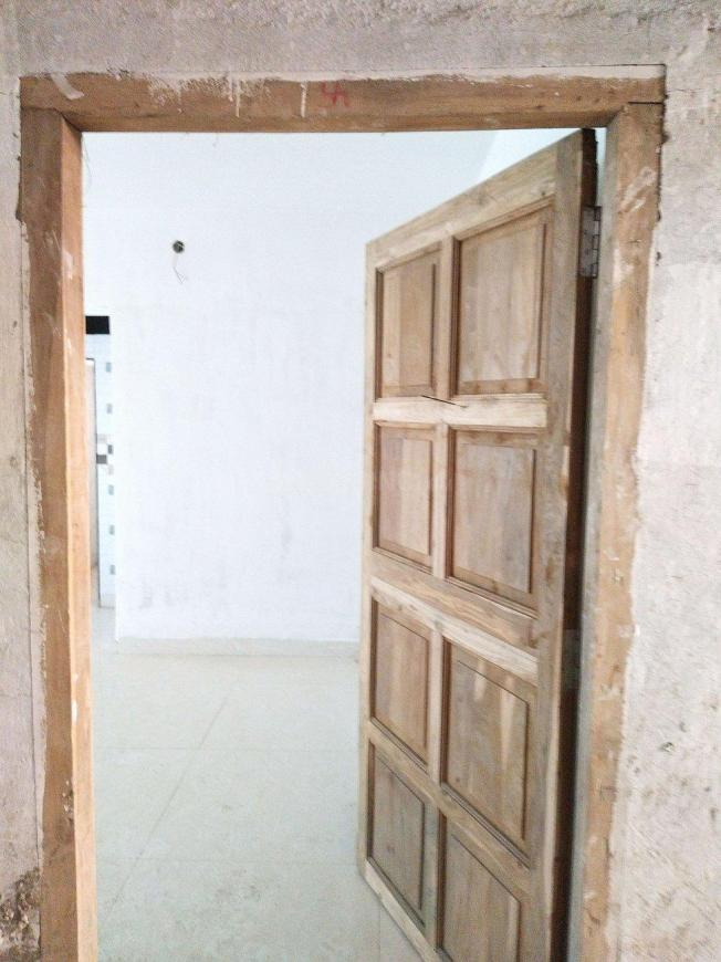 Main Entrance Image of 550 Sq.ft 1 BHK Apartment for buy in Jogeshwari West for 15000000