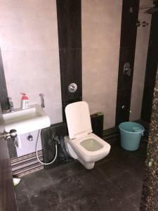 Bathroom Image of PG Homes in Airoli