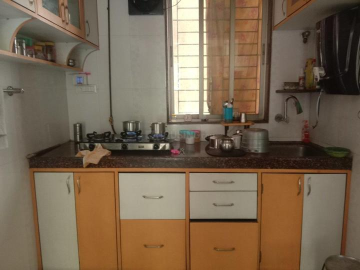 Kitchen Image of 700 Sq.ft 2 BHK Apartment for rent in Vardhaman Gawand Baug, Thane West for 19500