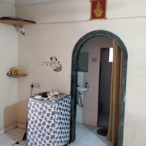 Gallery Cover Image of 575 Sq.ft 1 BHK Apartment for rent in Parvati Apartment, Kopar Khairane for 17000