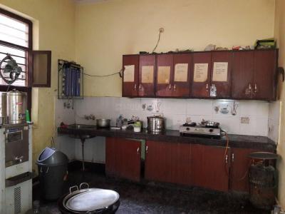 Kitchen Image of Sri Krishna PG in Sector 38