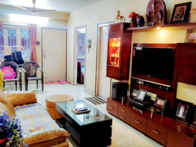 Gallery Cover Image of 1250 Sq.ft 4 BHK Apartment for buy in Lake Town for 7750000