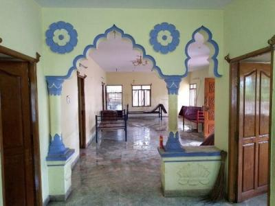 Gallery Cover Image of 2700 Sq.ft 3 BHK Independent Floor for rent in Panaiyur for 35000