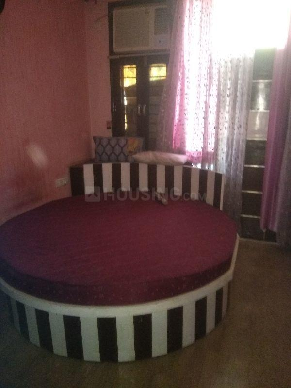 Bedroom Image of 720 Sq.ft 2 BHK Independent Floor for rent in Janakpuri for 35000