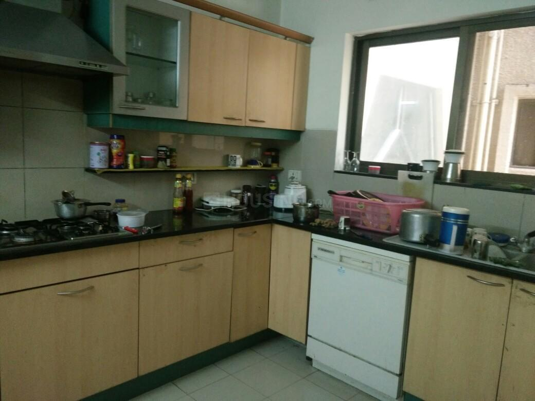 Kitchen Image of 1000 Sq.ft 2 BHK Apartment for rent in Dhanori for 14000