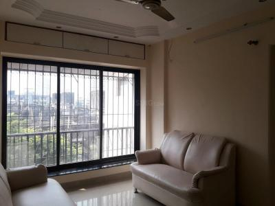 Gallery Cover Image of 800 Sq.ft 2 BHK Apartment for rent in Malad East for 37000