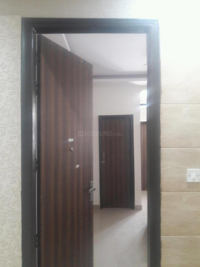 Main Entrance Image of 300 Sq.ft 1 RK Apartment for rent in DLF Phase 3 for 15000
