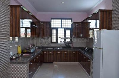 Kitchen Image of Urmila House Sf in Sector 52