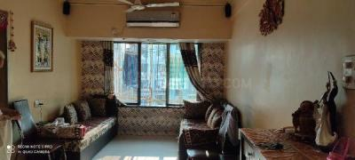 Gallery Cover Image of 815 Sq.ft 2 BHK Apartment for buy in Borivali West for 17500000