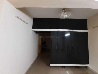 Gallery Cover Image of 800 Sq.ft 2 BHK Apartment for buy in Thiruvanmiyur for 7500000