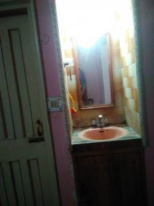 Bathroom Image of Om Sai PG in Keshri Nagar