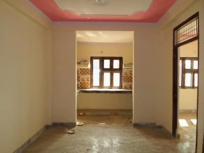 Gallery Cover Image of 700 Sq.ft 2 BHK Apartment for buy in Sector 62 for 2300000