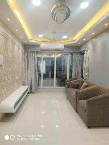 Gallery Cover Image of 1155 Sq.ft 2 BHK Apartment for rent in Bandra West for 90000