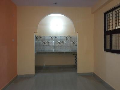 Gallery Cover Image of 225 Sq.ft 1 RK Independent Floor for rent in Dwarka Mor for 4500