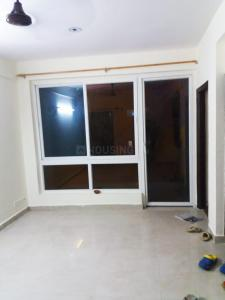Gallery Cover Image of 650 Sq.ft 1 BHK Apartment for rent in Sikka Karmic Greens, Sector 78 for 12000