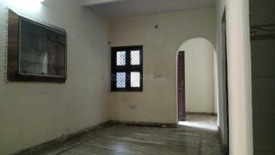 Gallery Cover Image of 700 Sq.ft 2 BHK Apartment for rent in Pitampura for 15000