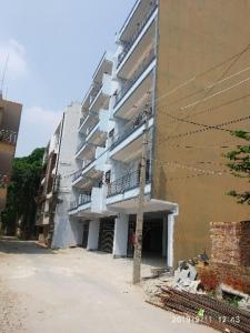 Gallery Cover Image of 1550 Sq.ft 3 BHK Apartment for buy in Sector 30 for 7800000