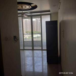 Gallery Cover Image of 800 Sq.ft 2 BHK Apartment for rent in Hadapsar for 27000