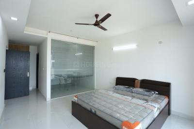Gallery Cover Image of 1600 Sq.ft 3 BHK Apartment for buy in Space Station Township   , Tellapur for 9856000
