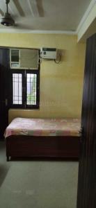 Gallery Cover Image of 400 Sq.ft 1 RK Independent Floor for rent in Vasant Kunj for 12000