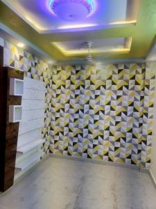 Gallery Cover Image of 380 Sq.ft 1 BHK Apartment for buy in Kashvi Luxurious Homes, Uttam Nagar for 1700000