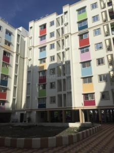 Gallery Cover Image of 636 Sq.ft 2 BHK Apartment for rent in Thandalam for 9000