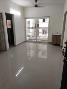 Gallery Cover Image of 915 Sq.ft 3 BHK Apartment for rent in Temple Waves, Thandalam for 7000