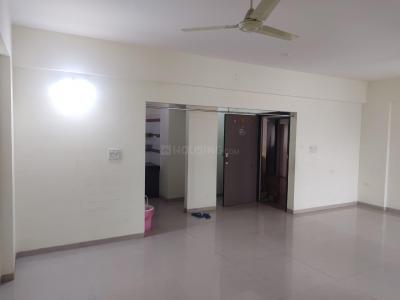 Gallery Cover Image of 1300 Sq.ft 2 BHK Apartment for rent in Kumar Picasso, Hadapsar for 22000
