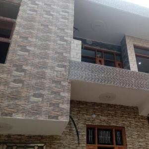 Gallery Cover Image of 1400 Sq.ft 1 BHK Independent Floor for rent in Razapur Khurd for 9000