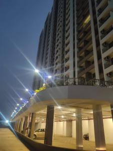 Gallery Cover Image of 1100 Sq.ft 3 BHK Apartment for buy in Regency Anantam, Dombivli East for 7400000