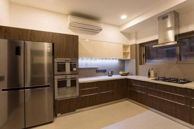 Gallery Cover Image of 5100 Sq.ft 4 BHK Apartment for buy in Thaltej for 37000000